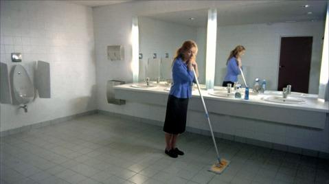 stupeur et tremblements film amelie nothomg workplace harassment