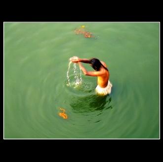 puja purification rite indian pushkar lake