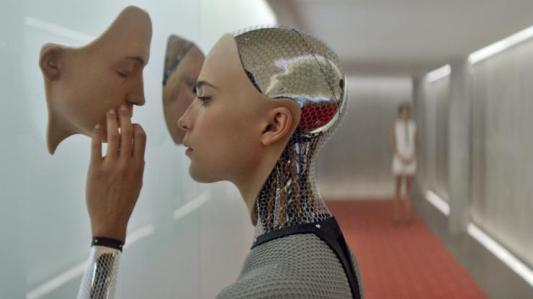 Ava, the artificial intelligence is given human shape in Ex Machina (Alex Garland, 2015)