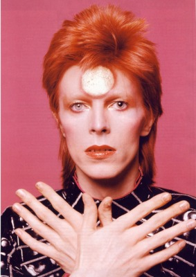 Bowie as Ziggy Stardust. Image via Tumblr.